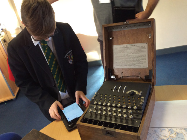 Inspiring Hull's next generation of computer scientists at Bletchley Park
